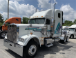 2005 FREIGHTLINER FLD132 CLASSIC XLT
