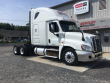 2015 FREIGHTLINER CASCADIA CONVENTIONAL - SLEEPER TRUCK, TRACTOR