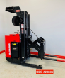 RAYMOND STAND UP REACH ELECTRIC FORKLIFT