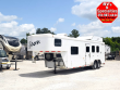 2014 BISON TRAIL HAND 3 HORSE W LIVING QUARTERS