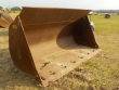 LOT # 0600 -- LOADING BUCKET TO SUIT CAT WHEELED LOADER