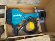 LOT 0069 -- MAKITA HM1810