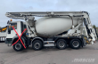 2000 L T MIXER 14 M WITH REMOTE
