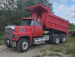 1988 FORD 9000
