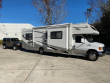 2006 THOR MOTOR COACH FOUR WINDS CHATEAU SPORT AND JEEP WRANGLER X