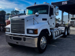 2013 MACK PINNACLE CHU613