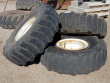 NEW HOLLAND 8970 TIRE & RIM