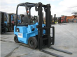 2000 UNICARRIERS PA15