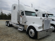 2001 FREIGHTLINER FLD132 CLASSIC XLT