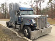 2001 FREIGHTLINER CLASSIC XL LOT NUMBER: T-SALVAGE-1445