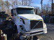 2004 VOLVO VNL LOT NUMBER: T-SALVAGE-1790