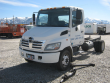 2009 HINO 195 LOT NUMBER: 608