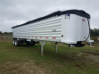 2004 TRAVIS 35 FT FRAMELESS END DUMP TRAILER - TANDEM AXLE, ALUMINUM, AIR RIDE