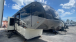 2016 FOREST RIVER CARDINAL 3825