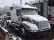 2000 VOLVO VNL LOT NUMBER: T-SALVAGE-1490